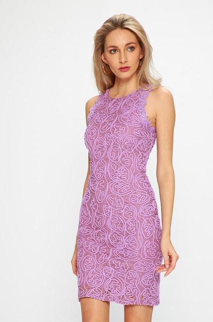 rochie fuchisa eleganta scurta de ocazii de vara