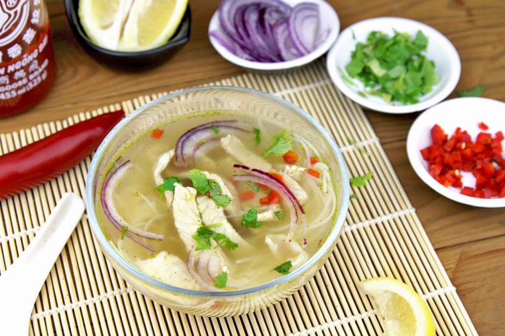 Zupa pho z wieprzowiną