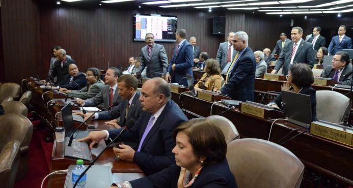 PRM apoyará Ley de Partidos si políticos deciden el padrón