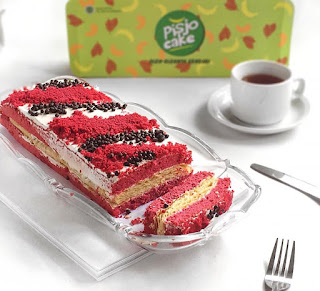 pisjo-red-velvet