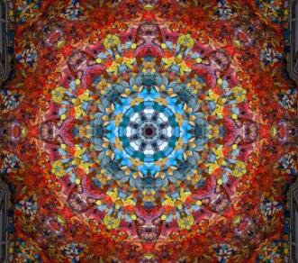 -Transzlégzés, módosult tudatállapot. Ősidőktől keresik az emberek a módosult tudatállapotokat amivel gyógyulást, fejlődést vagy spirituális élményt szeretnének átélni. Magyar táltosoknál ilyen a révülés amikor a tüzes paripájával utazik akár csillagok közé. Több sámán kultúrában valamilyen anyaggal érik el a módosult tudatállapotot gombával, növénnyel, dohánnyal, alkohollal keresik önmagukkal és az isteneikkel, szellemeikkel a kapcsolatot. -Transzlégzés foglalkozáson miért vegyünk részt? Mindenkinek más indítékai, elvárásai vannak a transzlégzéssel kapcsolatban. Amit legfontosabb tisztáznunk, hogy nem egy szimpla légzésről van szó, hanem tudattágító, gyógyító belső utazásról.  -címke felhő: transzlégzés, holotrop légzés, holotrop  légzés, holotróp légzés, transzlégzés tudatfejlődés, holotrop breathwork, stanislav gof, a jövő pszichológiája, transzperszonális pszichológia és légzés intézet, transzlégzés a  az érzelmi blokkjainkat oldja, transzlégzés tanfolyam, transzlégzés hatása, transzlégzés gyakorlat, transzlégzés technikája, transzlégzés gyakorlata, stanislav grof transzlégzés, holotrop légzés technika, transzlégzés terápia, légzés terápia, spiritualitás transzlégzéssel, önismeret, gyógyulás,  módosult tudatállapot, stresszoldás, spirituális útkeresés, transzperszonális  pszichológia, transzlégzéssel a saját utamon a legtöbbet fejlődtem Götz Gábor, légzés terápia