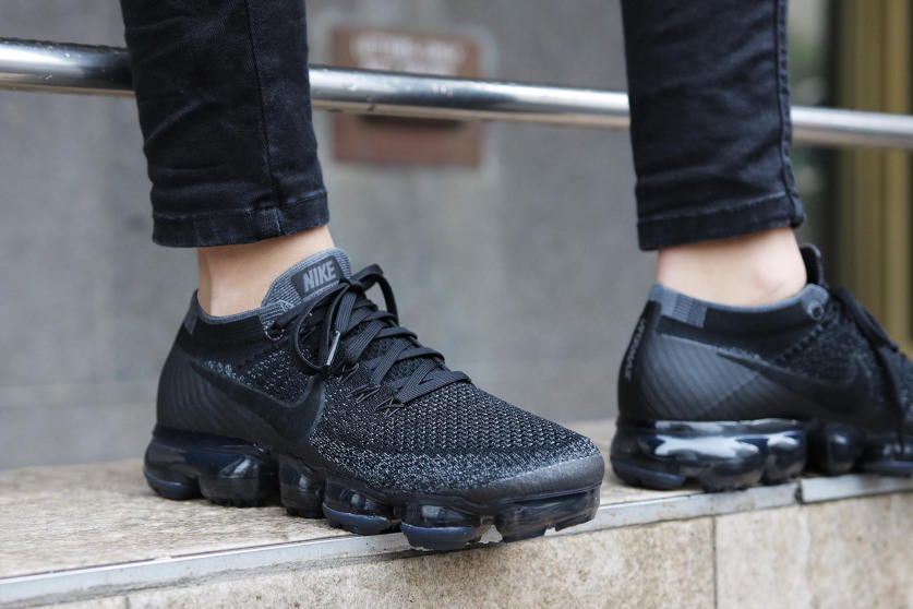 Swag Craze First Look Nike Air Vapormax Triple Black