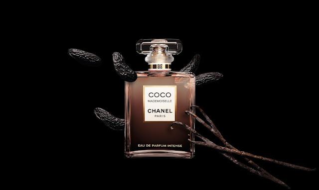 Oficjalna fotografia perfum Coco Mademoiselle Intense z laskami wanilii