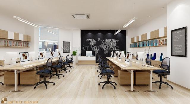 Phòng làm việc nhân viên của thiết kế nội thất văn phòng chuyên nghiệp khá rộng rãi với hai dãy bàn được lắp đặt và bố trí vô cùng tiện lợi