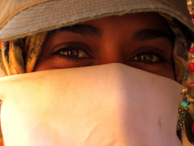 Imagen de mujer en Petra