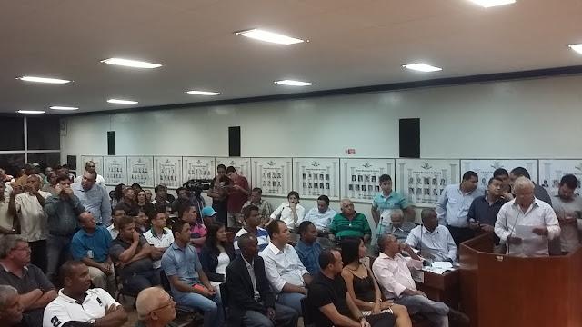 http://www.blogdofelipeandrade.com.br/2016/03/arnaldo-braga-pede-uniao-do-psb-e-dos.html