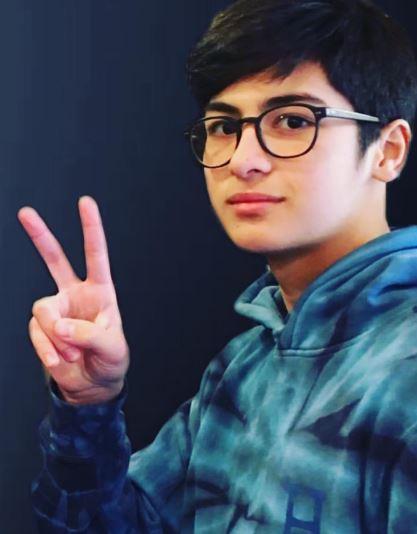 Anak Ni Aga Muhlach, Pinag-uusapan Sa Social Media Dahil Sa Kanyang Sobrang Kagwapuhan!