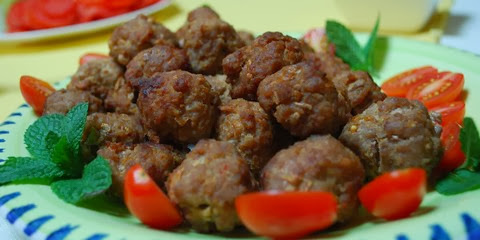 Beef Meatballs with Cayenne Pepper and Mint