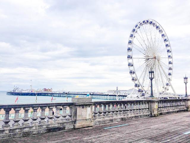 brighton wheel pier summer seaside
