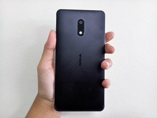 Nokia 6's Back