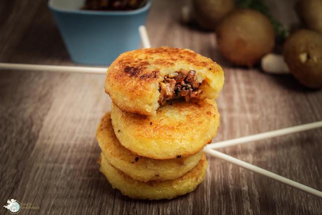 leckere Kartoffelpops mit Champignonfüllung - Fingerfood Snack