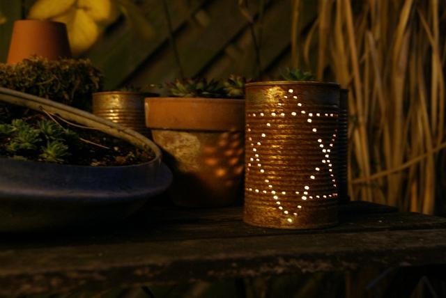 filz und garten gartenblog weihnachtsdeko f r garten und fensterbank. Black Bedroom Furniture Sets. Home Design Ideas