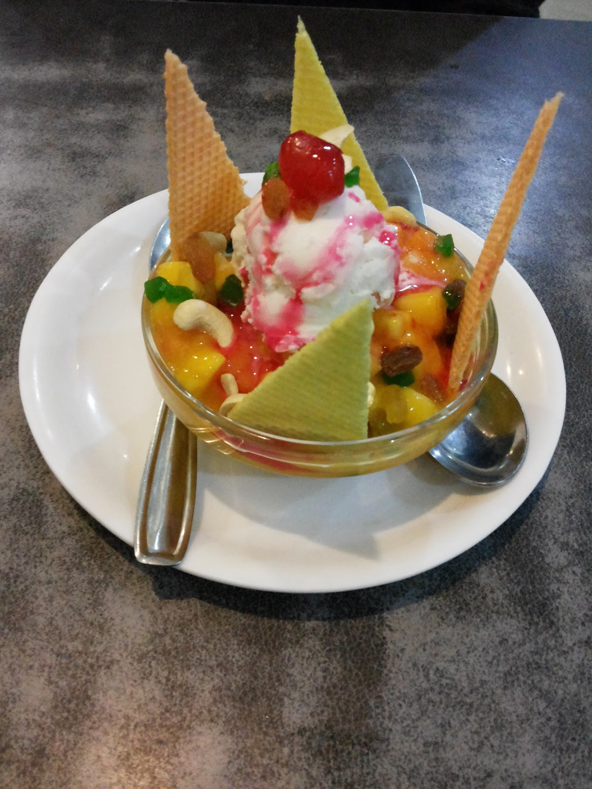 Fruit Salad with Ice-Cream at Shree Krishna Palace, best lunch place near pune railway station