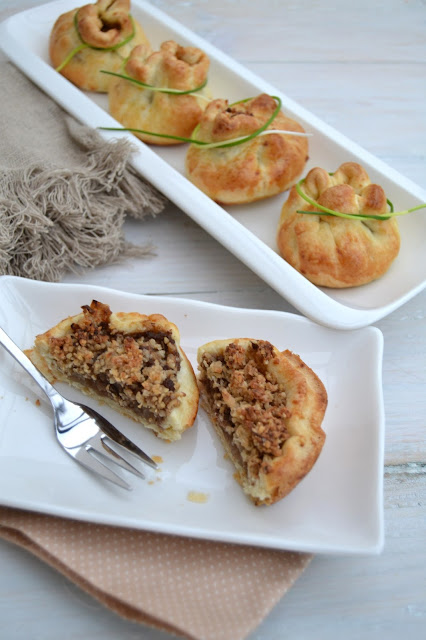 Shortcrust pastry filled with savoury steak mince and oatmeal stuffing AKA Skirlie