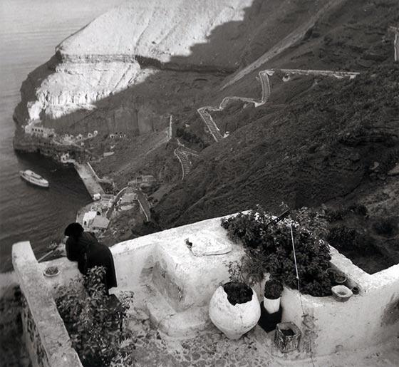 Old photos of Santorini (Path 1)   1963 2