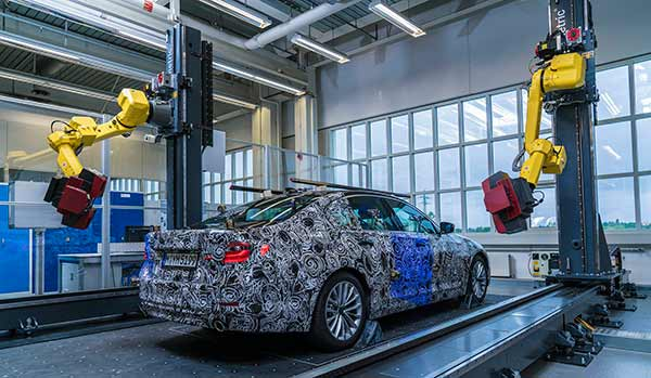 BMW create 3D model using optical scanner