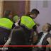 """(VÍDEO) Gritos de """"fascista"""" e intento de agresión al Secretario General de VOX por pedir la unidad de España"""