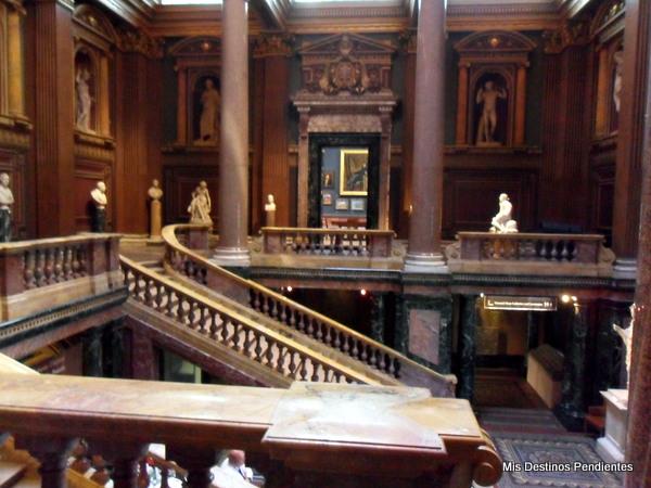 Interior del Museo Fitzwilliam (Cambridge, Inglaterra)
