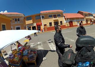 Pagando pelo SOAT no Banco de la Nación no Peru.
