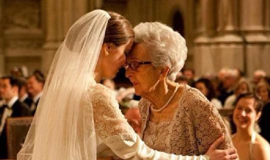 "Dia Bilang Pada Neneknya ""Suamiku Selingkuh Aku Mau Cerai!"" Setelah Mendengar Perkataan Sang Cucu, Neneknya Malah Masuk Dapur dan Menyuruhnya Melakukan Ini..."