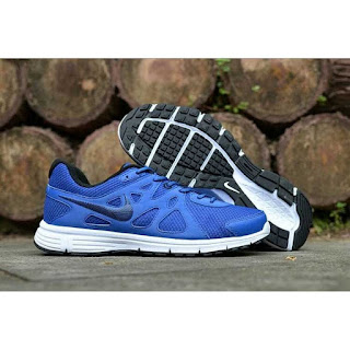 Nike Revolution original warna biru