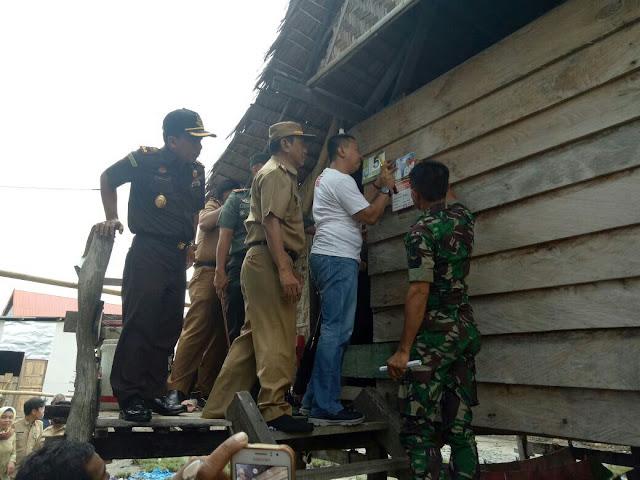 Pemkab Selayar Bersama TNI POLRI dan Kejaksaan Bantu Korban Kebakaran
