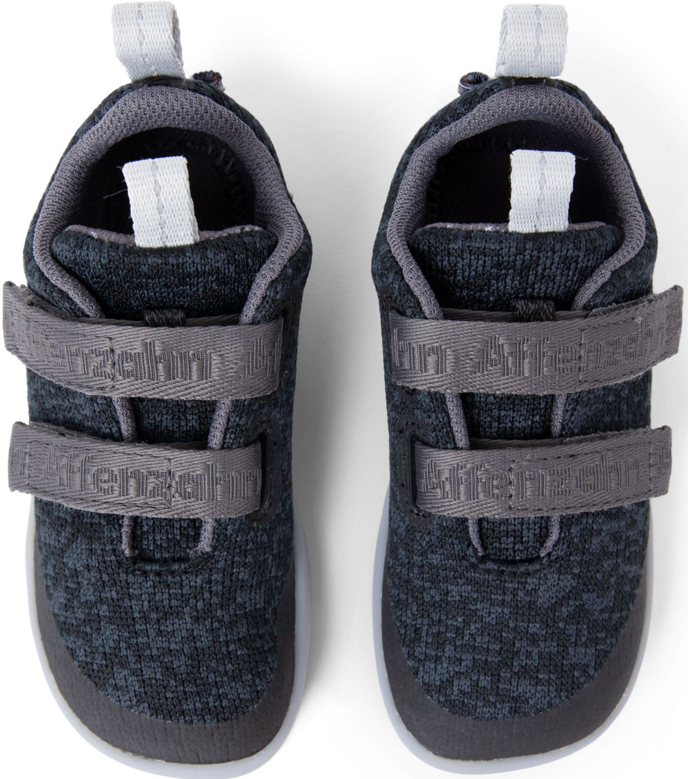 ad20899c8271 V pavučině  Výrobci značky barefoot obuvi