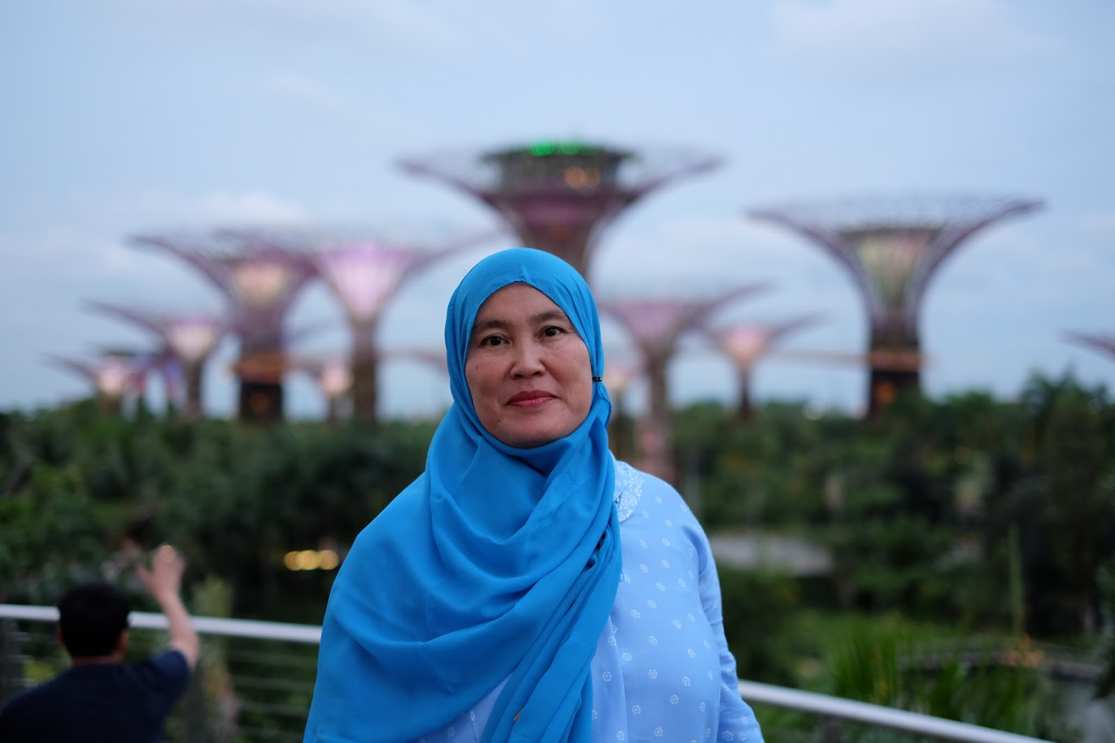 Graduation Trip Surprise Holiday for Mama to Singapore and Hong Kong gardens by the bay