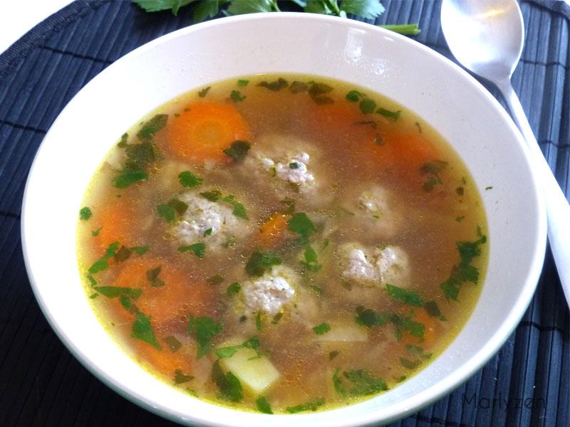 Soupe de boulettes de porc