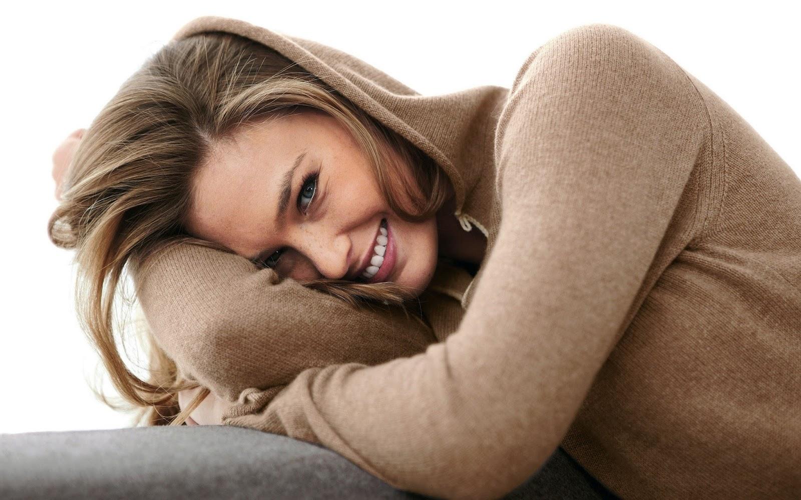 Female Model Wallpapers