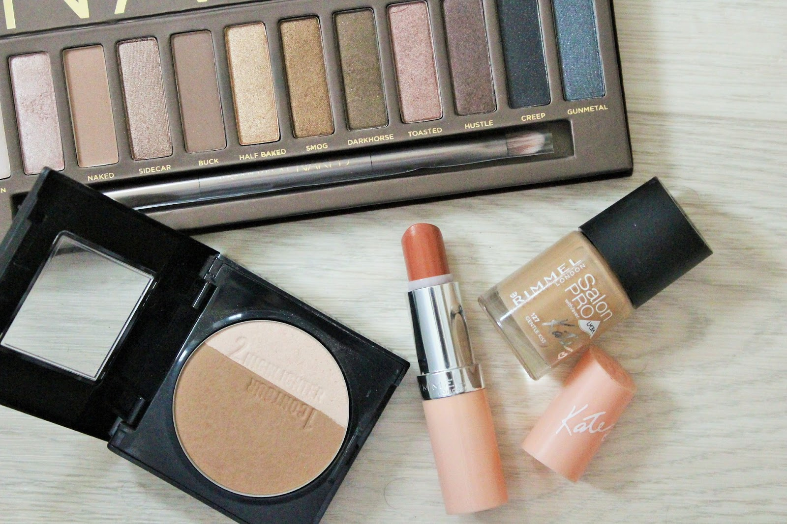 Nude makeup look featuring Rimmel Lasting Finish lipstick by Kate Nude Collection in 43