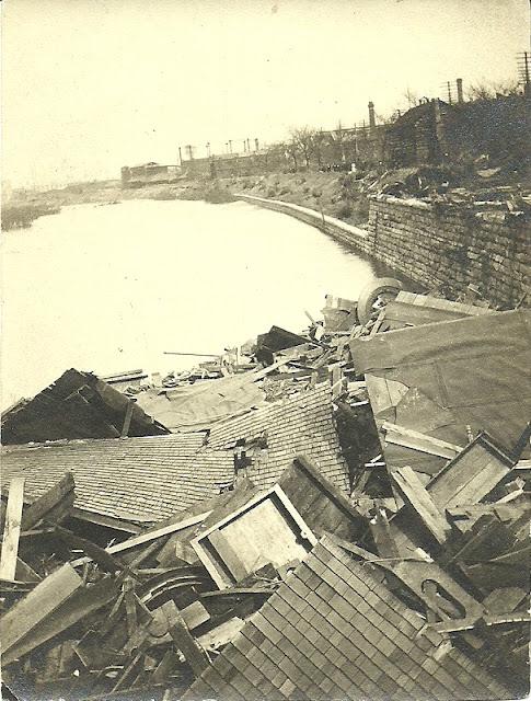 Photo from Matt Yanney collection, 1913 Flood Dayton Main Street.