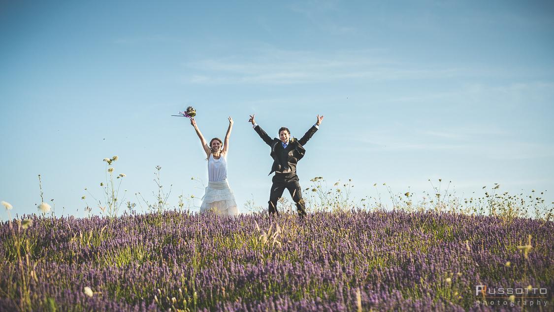 Come Organizzare Un Matrimonio Country Chic : Matrimonio country chic spontaneo e allegro la wedding in tasca