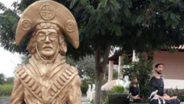 Lampião: homenagem a herói ou bandido? A polêmica estátua que divide cidade pernambucana