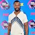 Isaiah Mustafa comparece ao Teen Choice Awards 2017 no Galen Center em Los Angeles, na California – 13/08/2017
