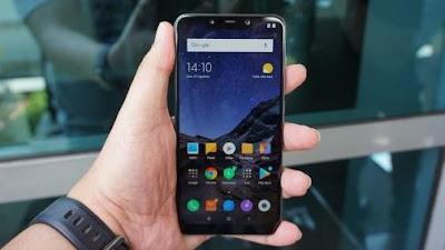 Sama-sama Dibandrol di Harga 4,5 Jutaan, Xiaomi Pocophone F1 VS OPPO F9 Mana Yang Lebih Unggul?