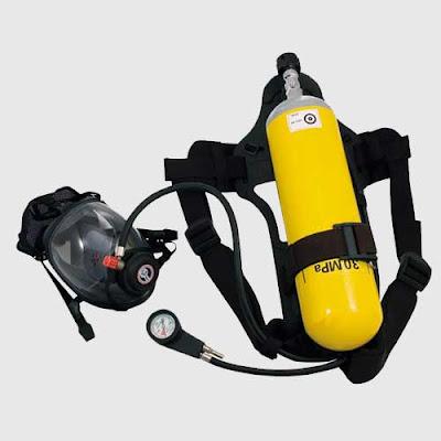 Breathing Apparatus Peralatan penanggulangan Keadaan Darurat Dikapal