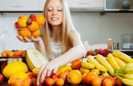Frutas de temporada, frutas de abril, frutas de primavera, frutas y verduras de temporada