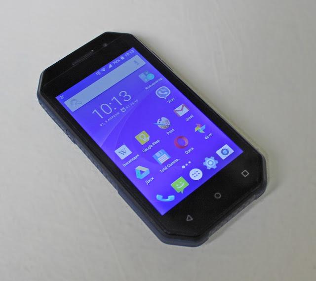 Смартфон Nomi i4070