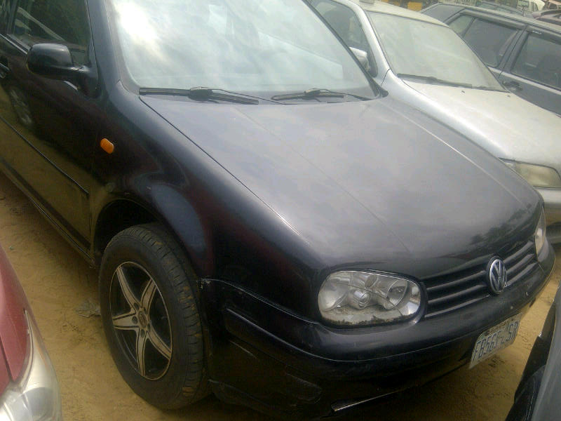 clean nigeria used golf 4 for sale in lagos 4plug engine fabric interior factory fitted ac. Black Bedroom Furniture Sets. Home Design Ideas