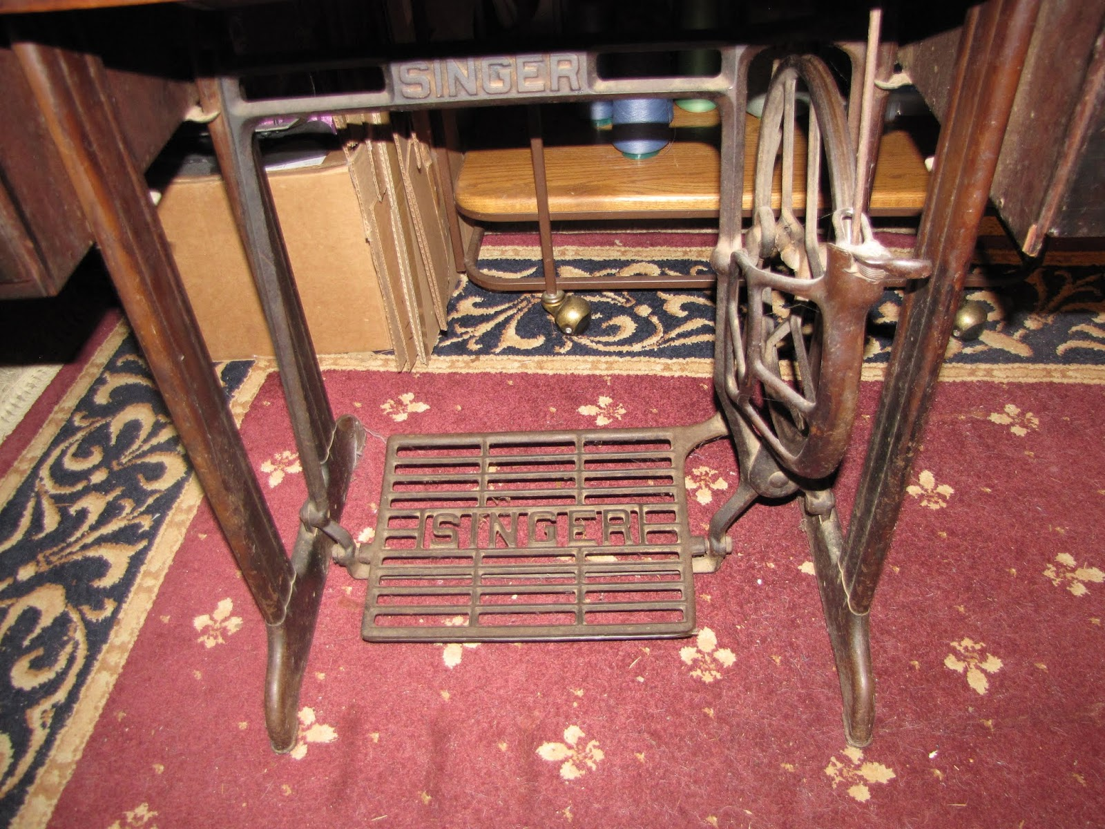 SEWING MACHINE BASE FITS SINGER 15 CLASS 27//127 66 201 9w7 and SIMILAR MACHINE