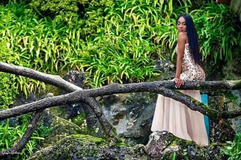 Kyria DouKoure en plein air