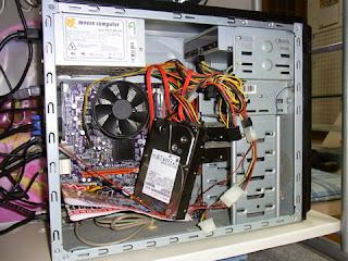 HITACHI Deskstar 0S03191 2TB SATA600 7200がクラッシュしました。