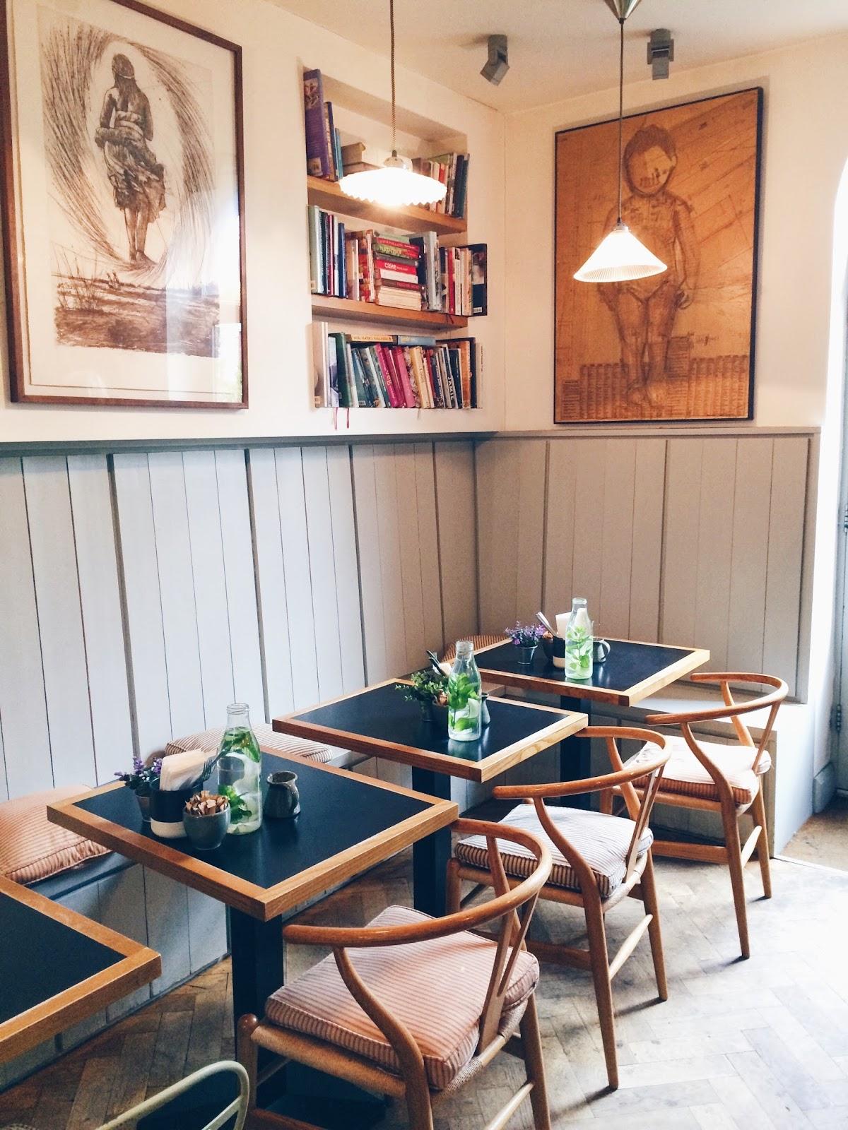 Brunch at Bibi's Café
