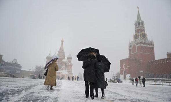"""Buongiornolink - """"Nevicata record a Mosca"""": 43 cm in sole 2 ore, non accadeva dal 1957"""