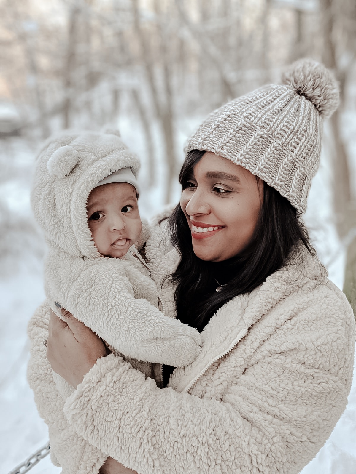baby's first snow fall, mommy and me, baby and mom winter looks, baby winter coats, mom bloggers, winter wonderland, winter outfits