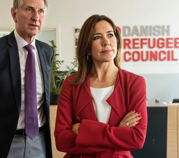 Princess Mary visited Danish Refugee Council for MindSpring and on the Danish Refugee Aid's. Zara red coat