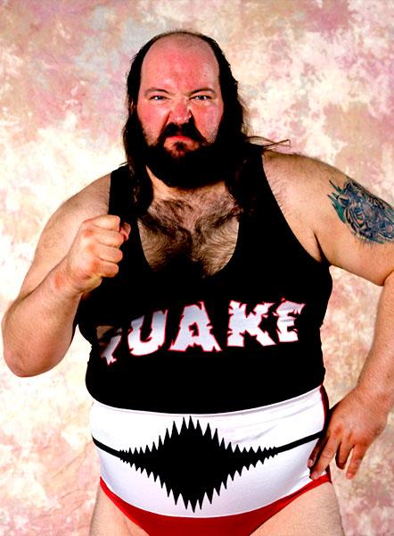 Pressing Catch WWF - Terremoto Earthquake