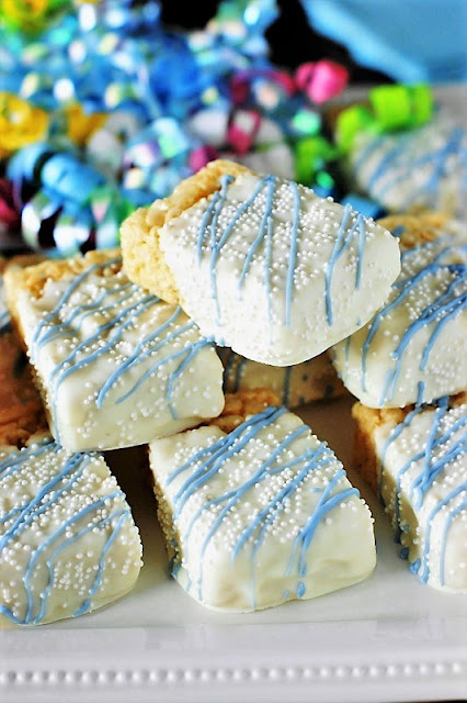 Krispie Treats for a Party Image