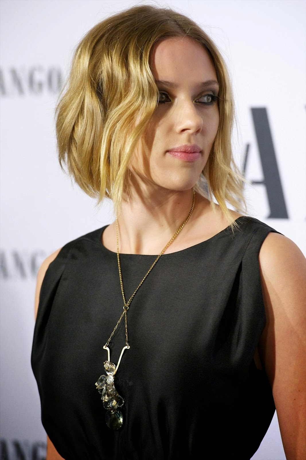 Scarlett Johansson Hairstyle Part2 12 Styling Fshs